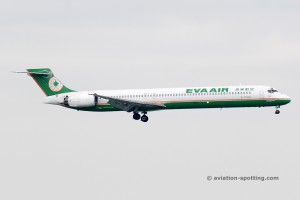 Eva Air McDonnel Douglas MD 90 (China)