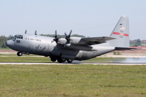 US Air Force Lockheed L-100 C-130H-LM Hercules