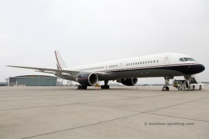 Boeing B757-200 Private