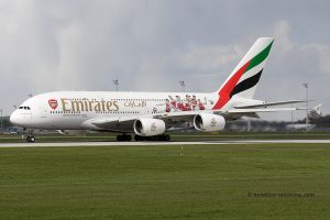 Emirates Airbus 380 (UAE) arsenal london special livery