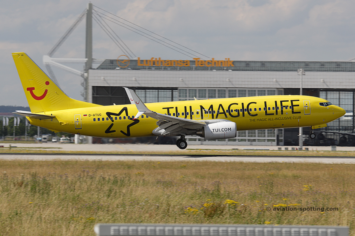 TUI Boeing B737-800 (Germany) magic life special livery