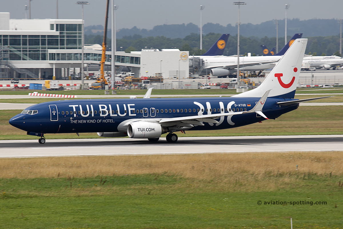TUI Boeing B737-800 (Germany) Blue special livery
