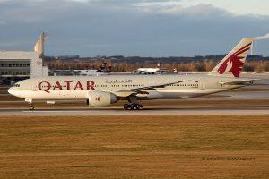 Qatar Airways Boeing B777-200