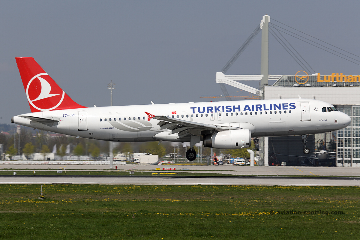 Turkish Airlines Airbus A320 (Turkey)