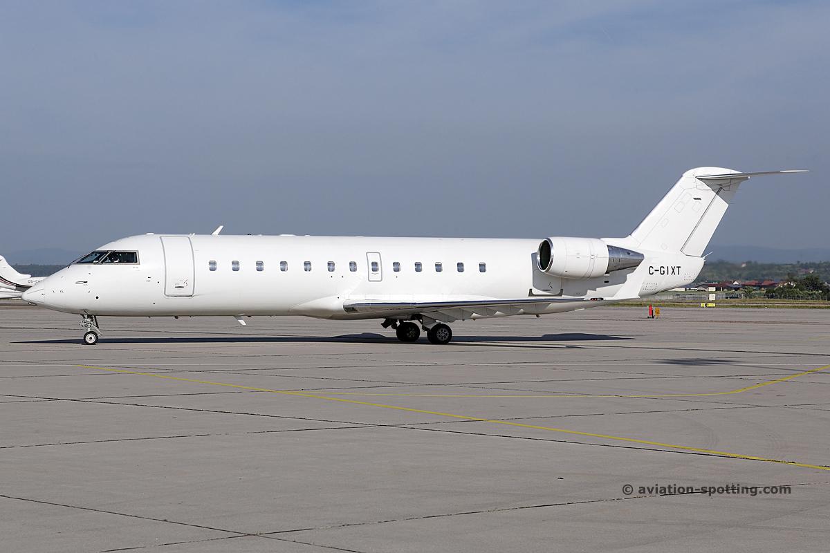 Independence Air Crj 200 N703br Br Nashville International Airport