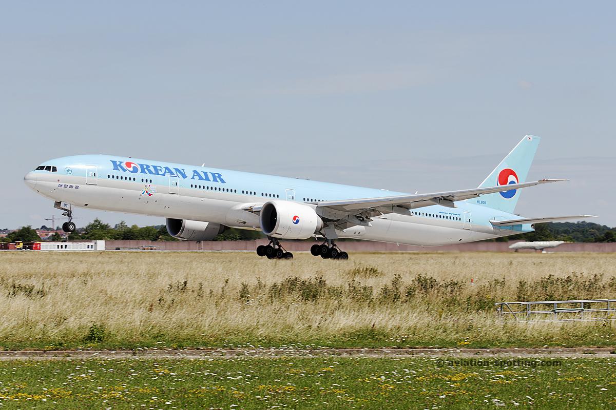 Korean Air Boeing B777-300 (South Korea)