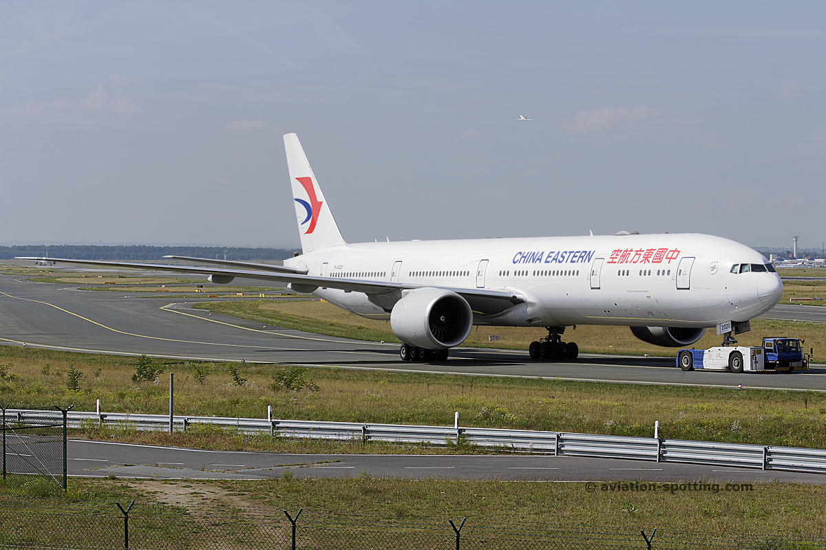 China Eastern Airlines Boeing 777-300